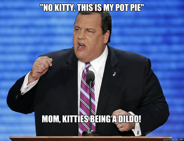 Mom Kitty Is Being A Dildo 50