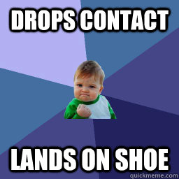 drops contact lands on shoe - Succes kid rainey night